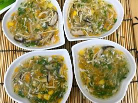Súp gà ngô non bổ dưỡng dễ nấu